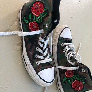Converse All-Stars rose